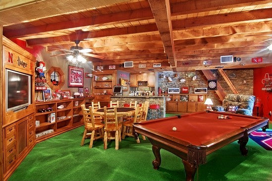 Best Celebrity Game Room Ideas Robbies Billiards