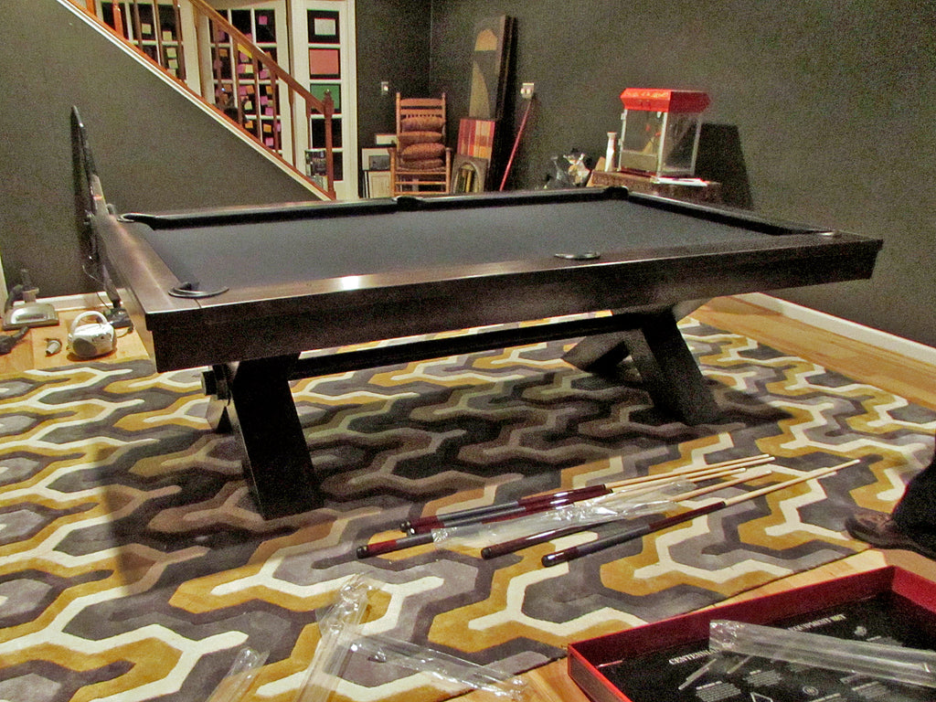 plank and hide vox pool table with rug