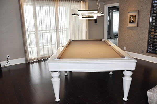 La Condo Venus Dining Pool Table end