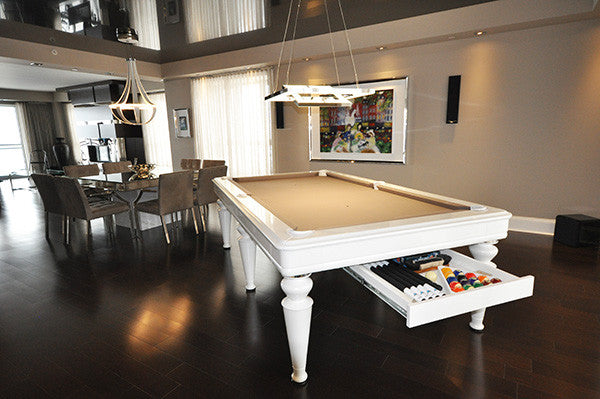 La Condo Venus Dining Pool Table room