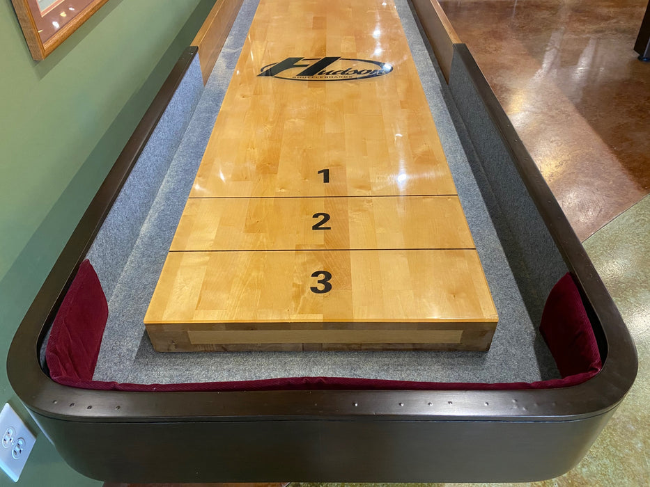 used 16' grand hudson deluxe shuffleboard table end