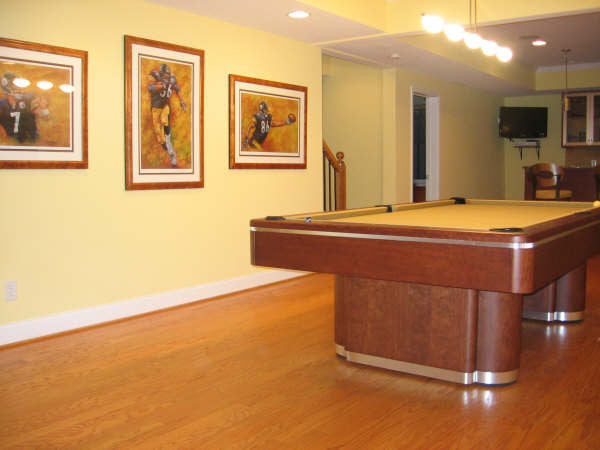 Olhausen Plaza Pool Table room