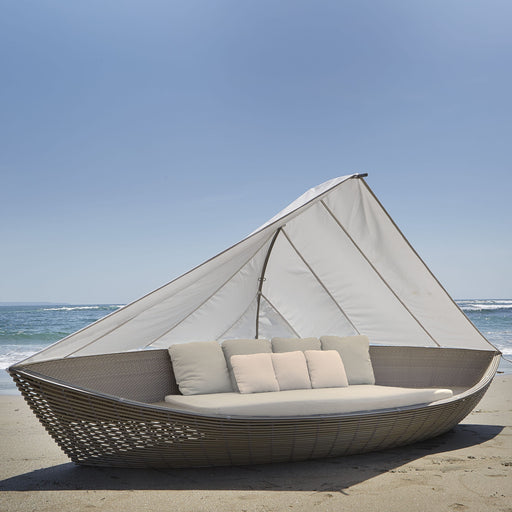 skyline design sailboat daybed kubu mushroom