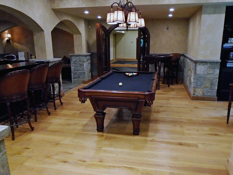 hampton pool table room