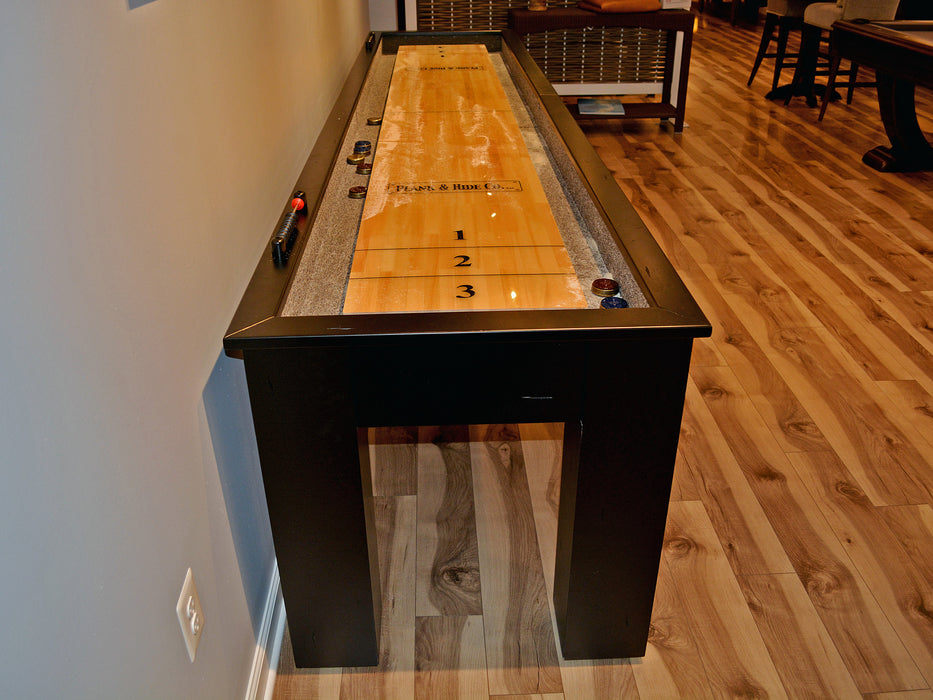 plank and hide shuffleboard play surface detail