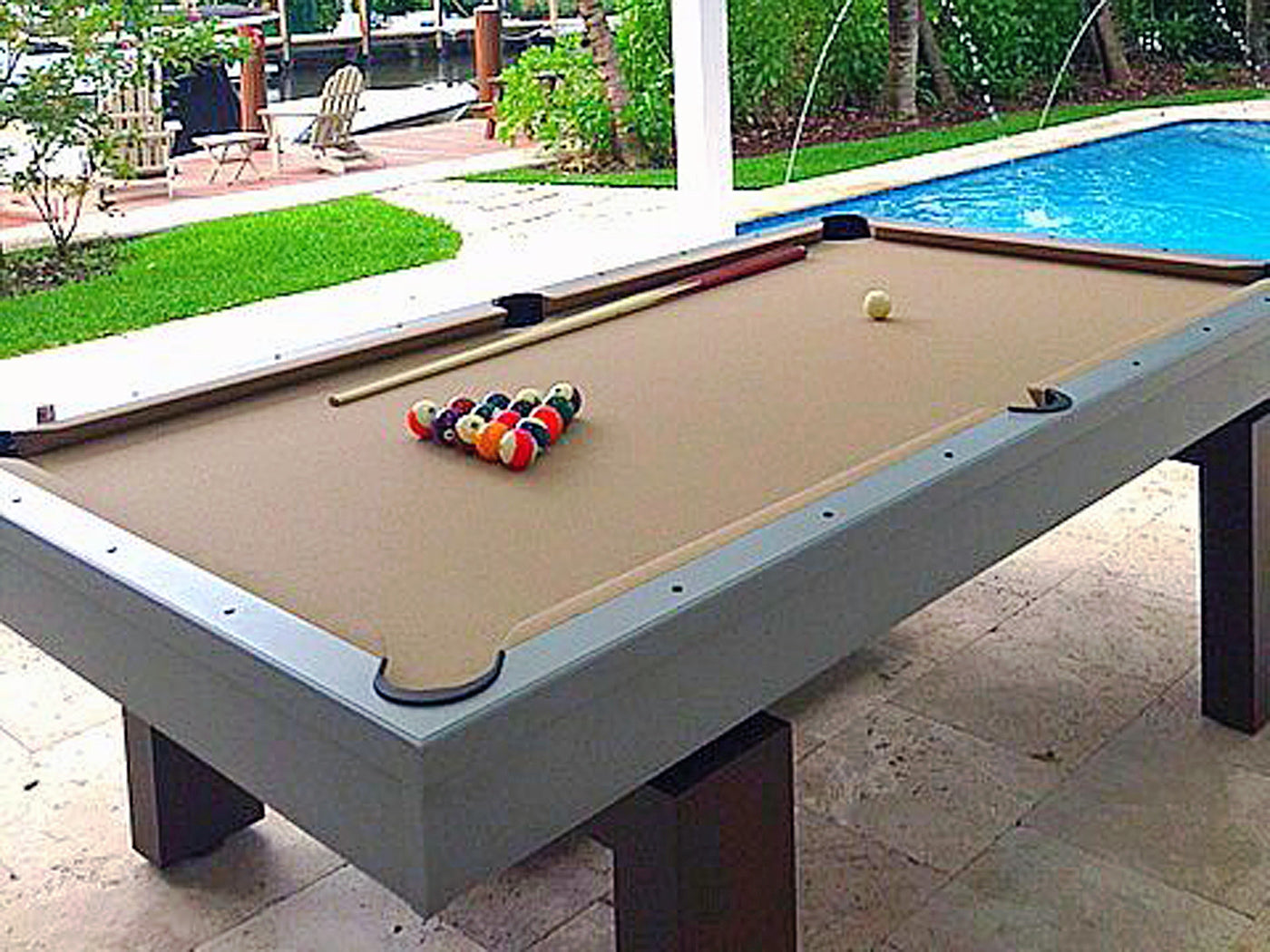 ... South Beach Outdoor Pool Table Detail ...