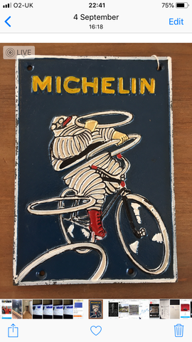 Michelin cycle sign