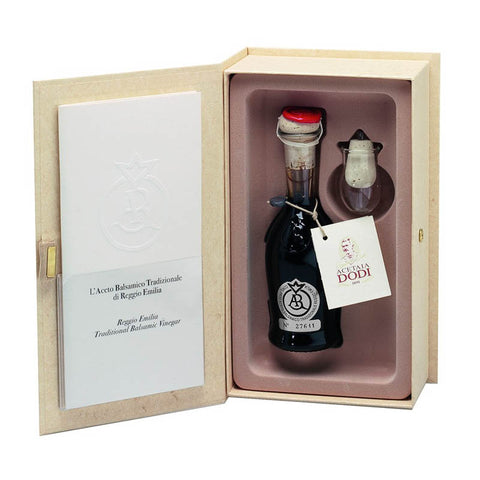 Image of Traditional Balsamic Vinegar from Reggio Emilia Silver  Label 100ml Aged 18 years - Urbani Truffles