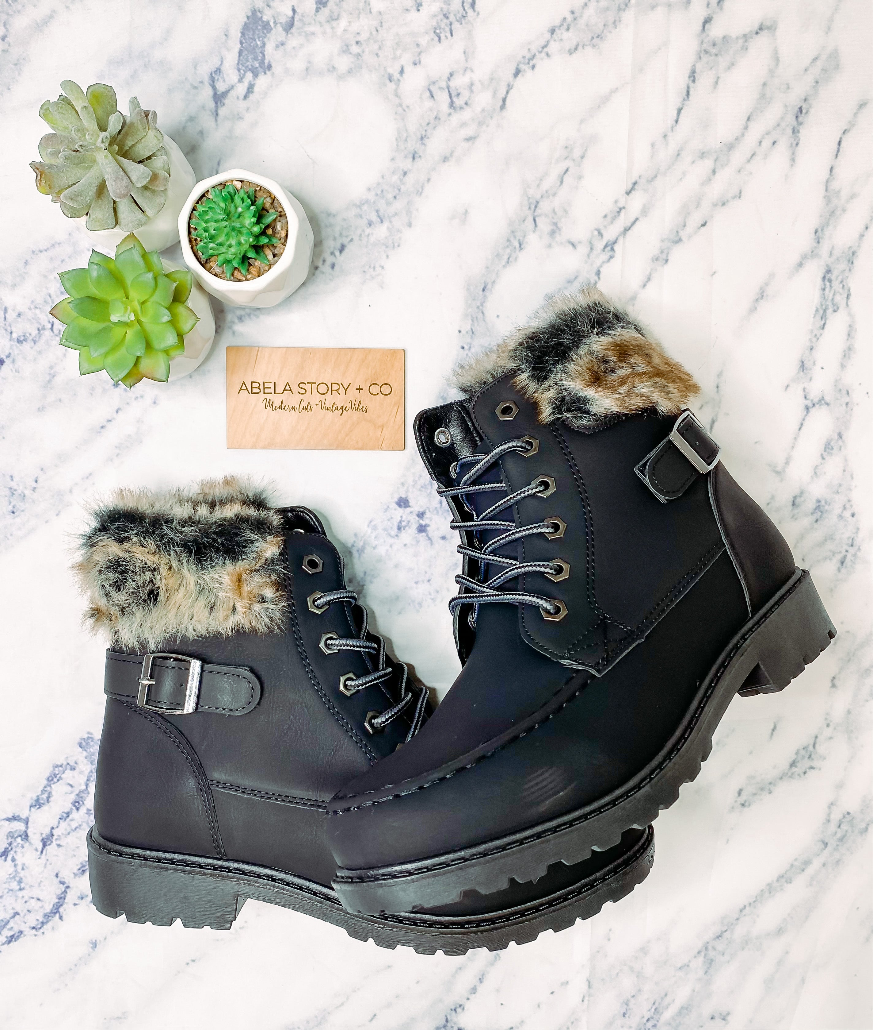 Take a Hike Boots - Black