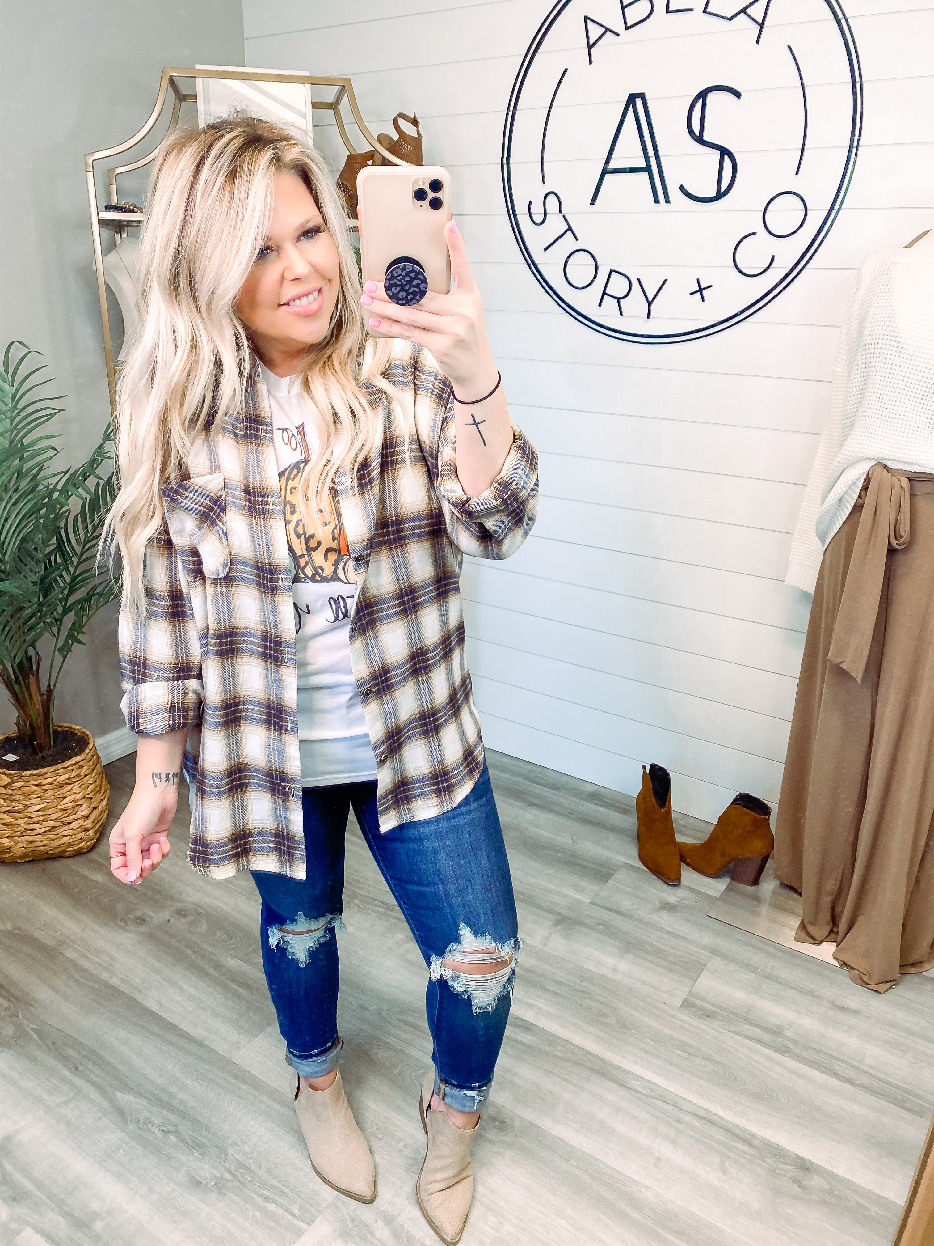 Pick of the Plaid Relaxed Boyfriend Top - Cream