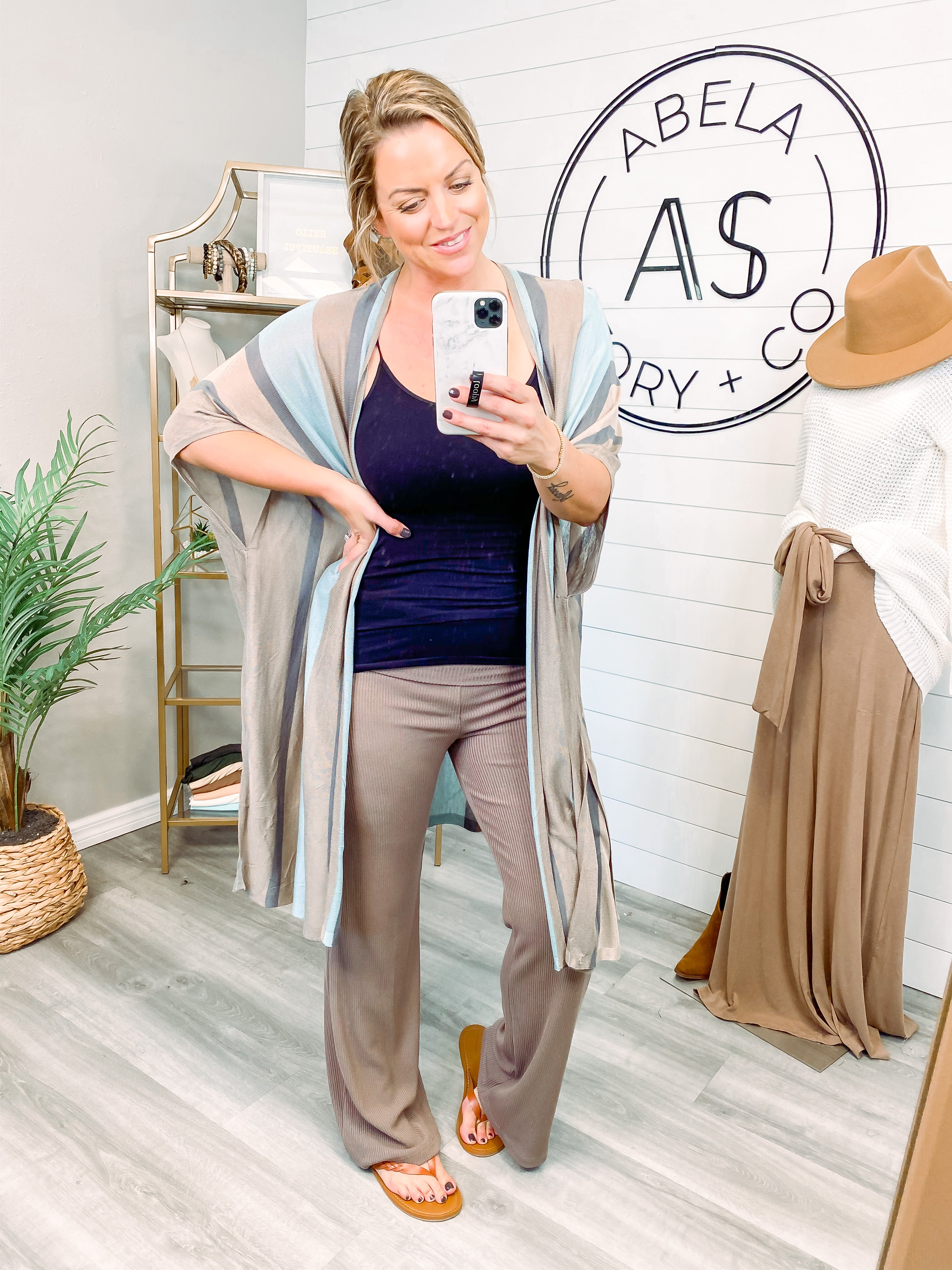 In Slow Motion Solid Knit Palazzo Pants - Mocha
