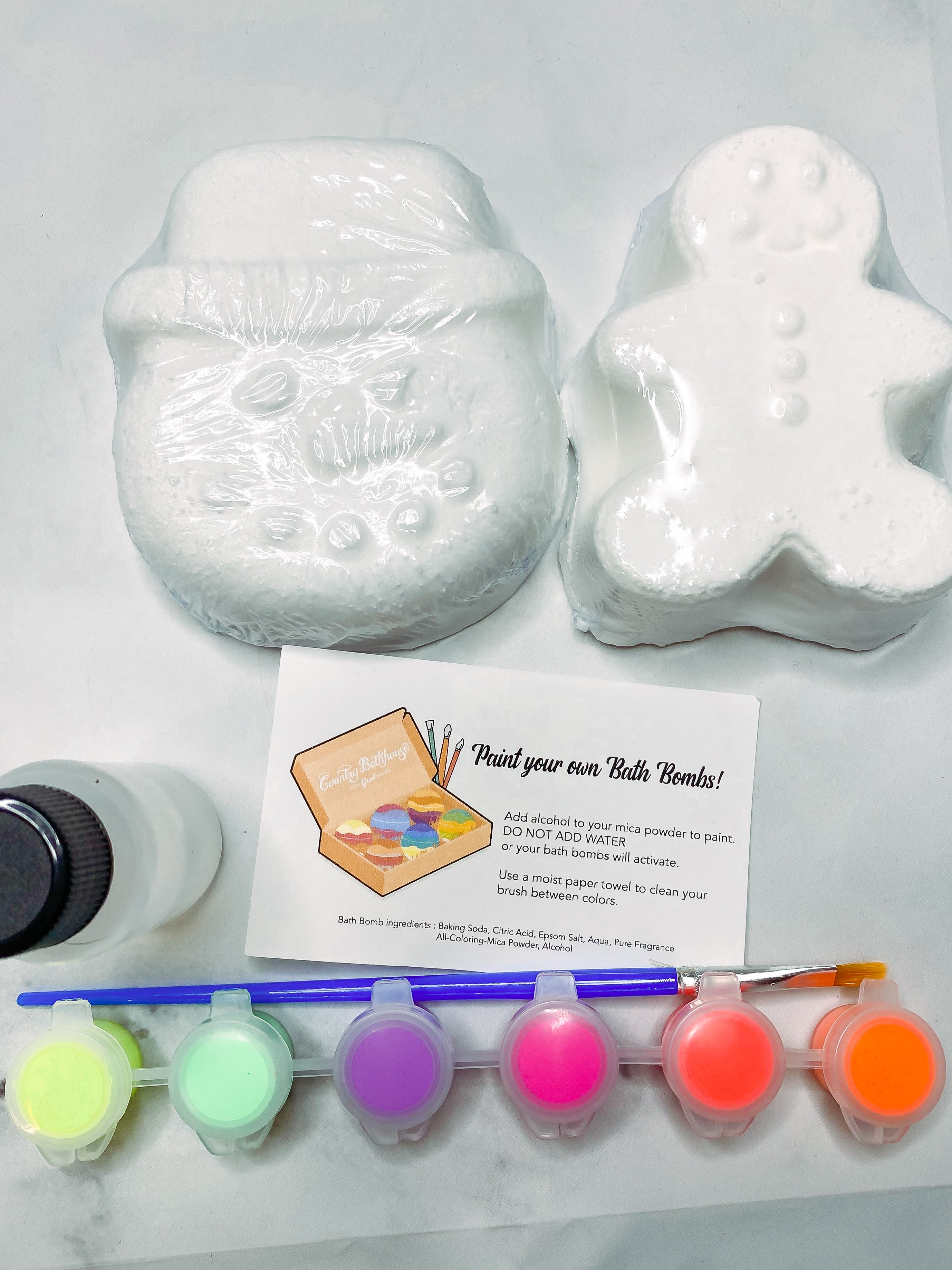 Paint Your Own Christmas Bath Bombs