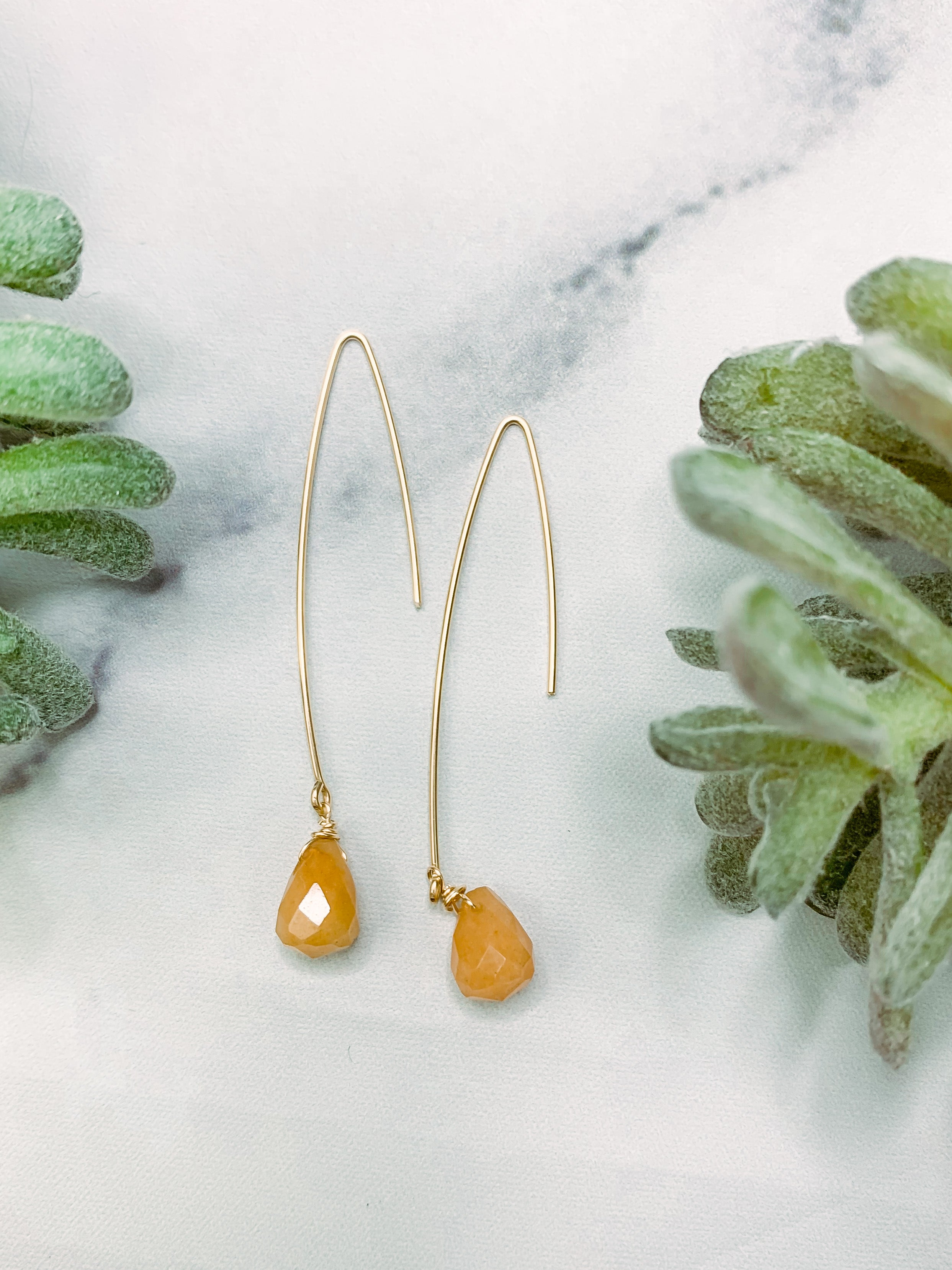 TRIL02 Hook Earrings - Carnelian Gold
