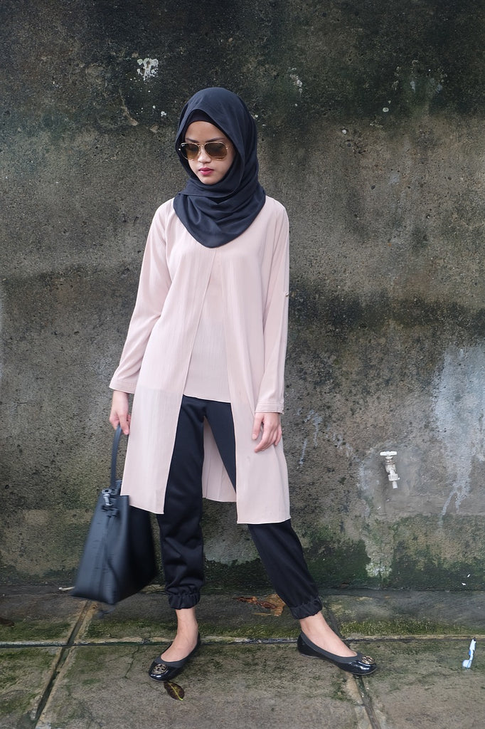 Hijab College Outfits for Young Muslimahs