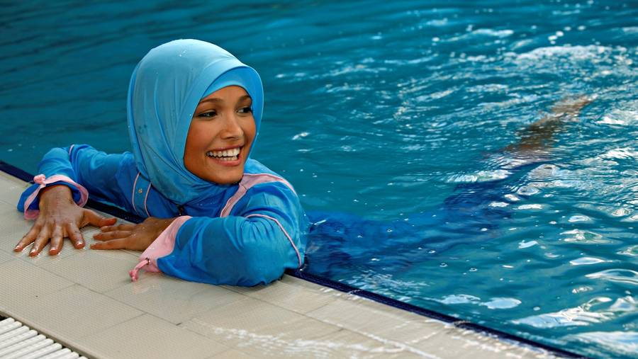 6 Fashionable Burkini Swimwear To Wear This Summer
