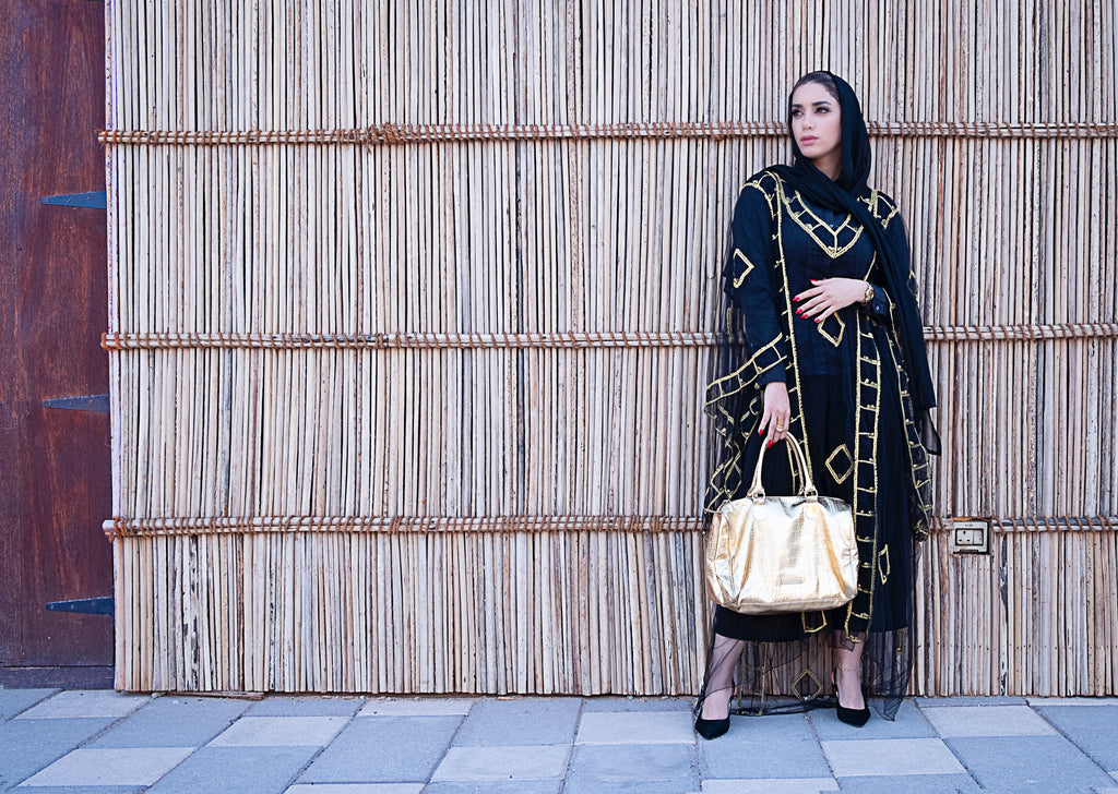 Refreshingly Pretty Abaya Online for Muslimahs
