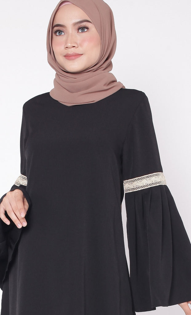 Black Lace Pleated Trumpet Tunic Abaya