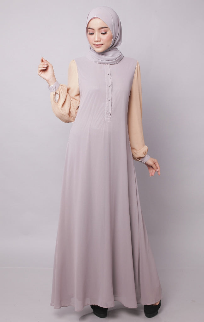 Light Gray Joint Color Button Abaya