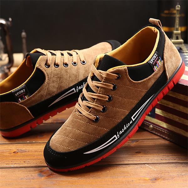 Sports and casual canvas shoes