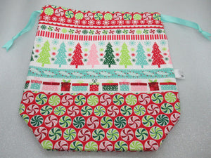 Christmas Trees and Presents Project Bag