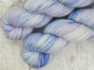 Silver Sparkle 4ply 50g in Enchanted colourway