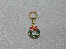 Load image into Gallery viewer, Festive Wreath Stitch Marker / Progress Keeper