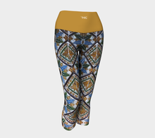 Load image into Gallery viewer, Yoga Capris Mosaique - HIG Activewear - Yoga Capris