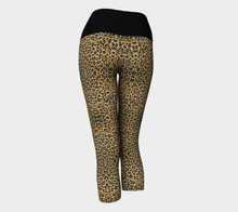 Load image into Gallery viewer, Yoga Capris Cheetah - HIG Activewear - Yoga Capris