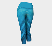 Load image into Gallery viewer, Yoga Capris Satin - HIG Activewear - Yoga Capris