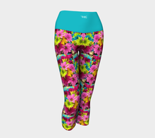 Load image into Gallery viewer, Yoga Capris Daisies - HIG Activewear - Yoga Capris