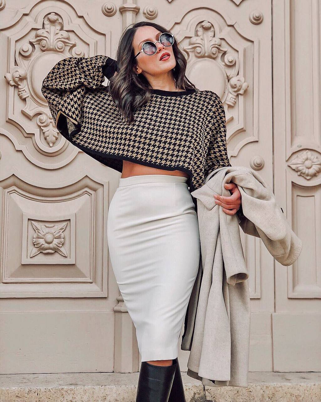 A strict, laconic and graceful pencil skirt