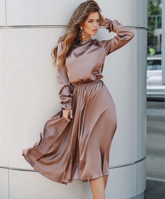 A long sleeve dress just can't go out of style.