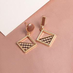 Geometric Earring Hopikas Gold 3