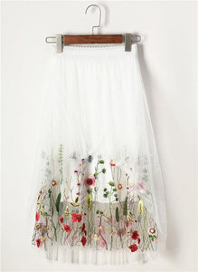 long Skirt Floral Embroidery Hopikas white One Size