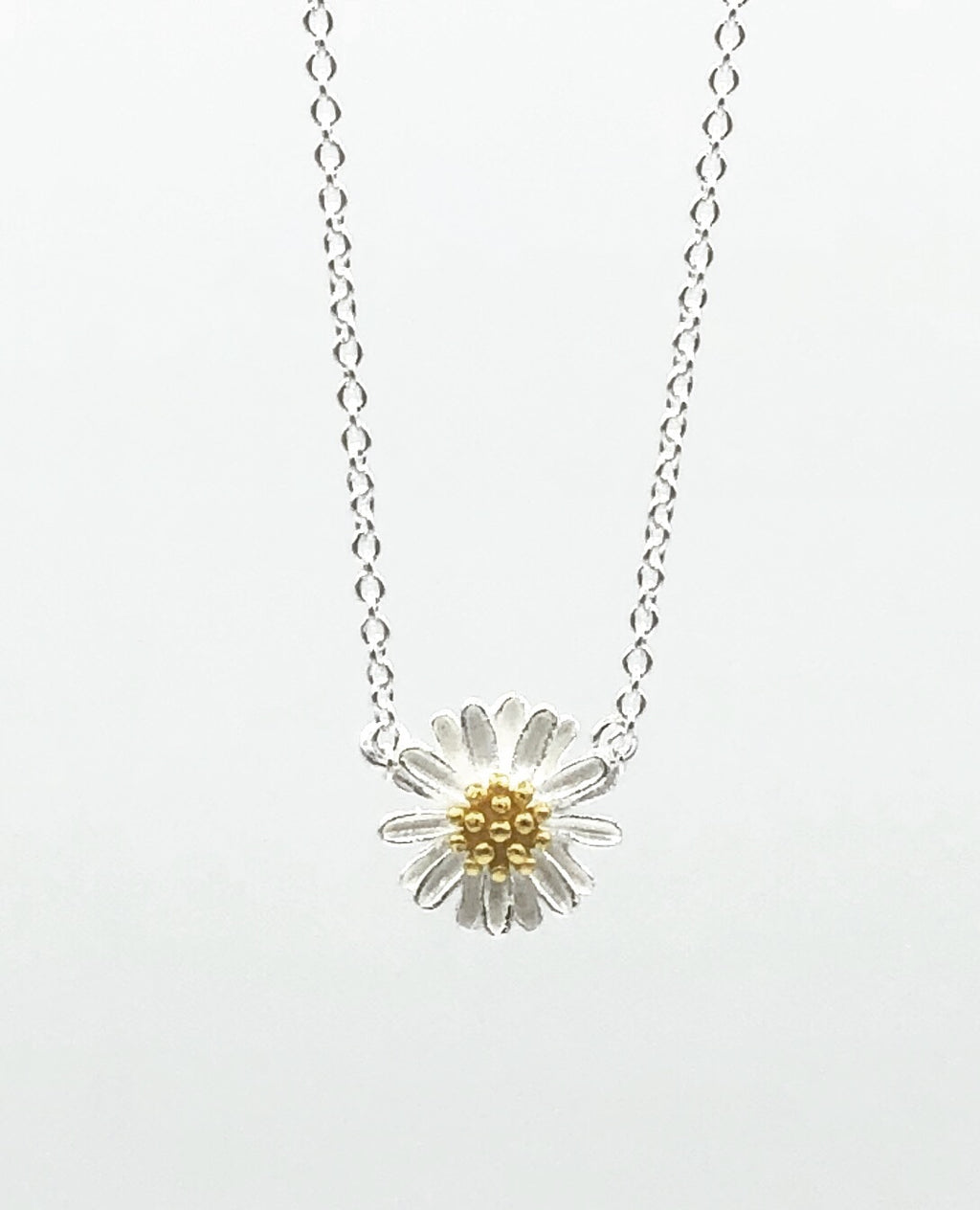 Lily Chamomile Necklace
