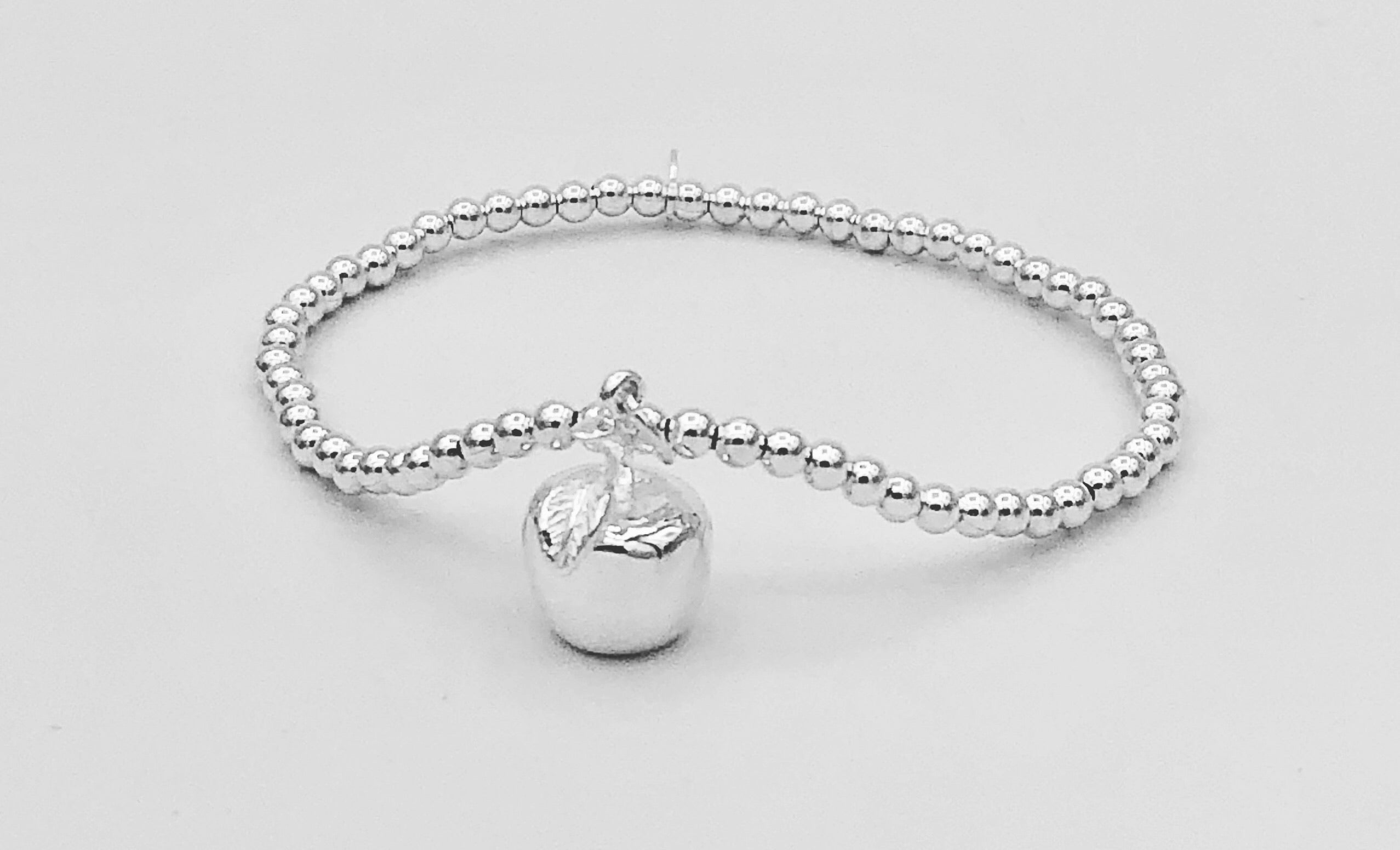 Penelope Apple Stretchable Bracelet