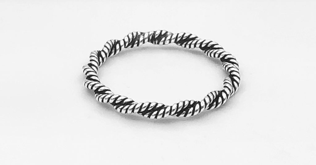Addison Twisted Ring