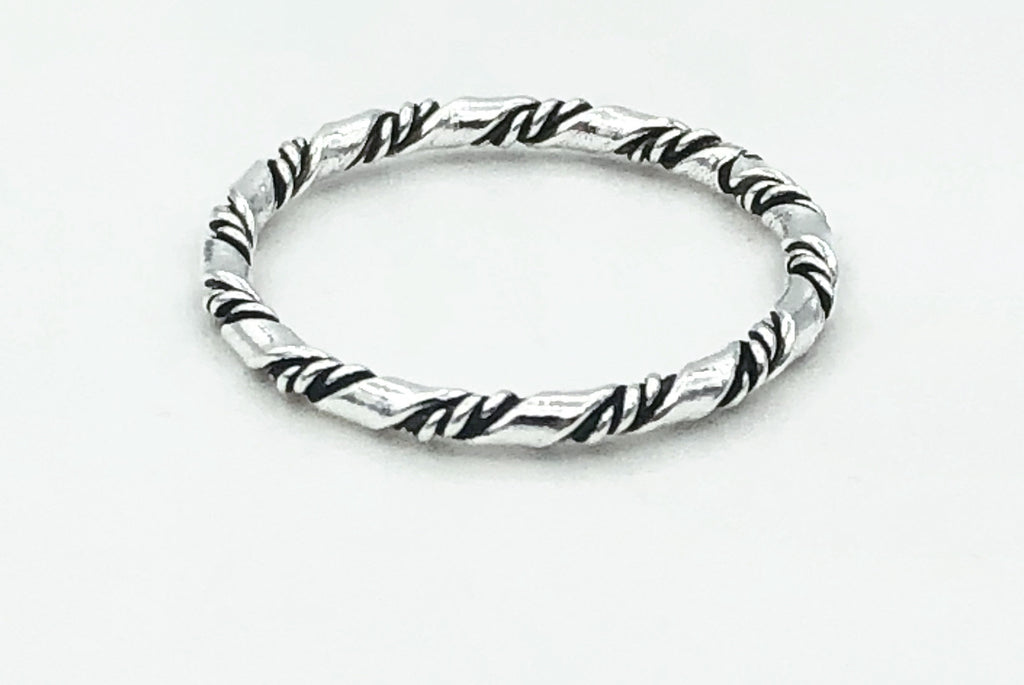Lauren Twisted Ring