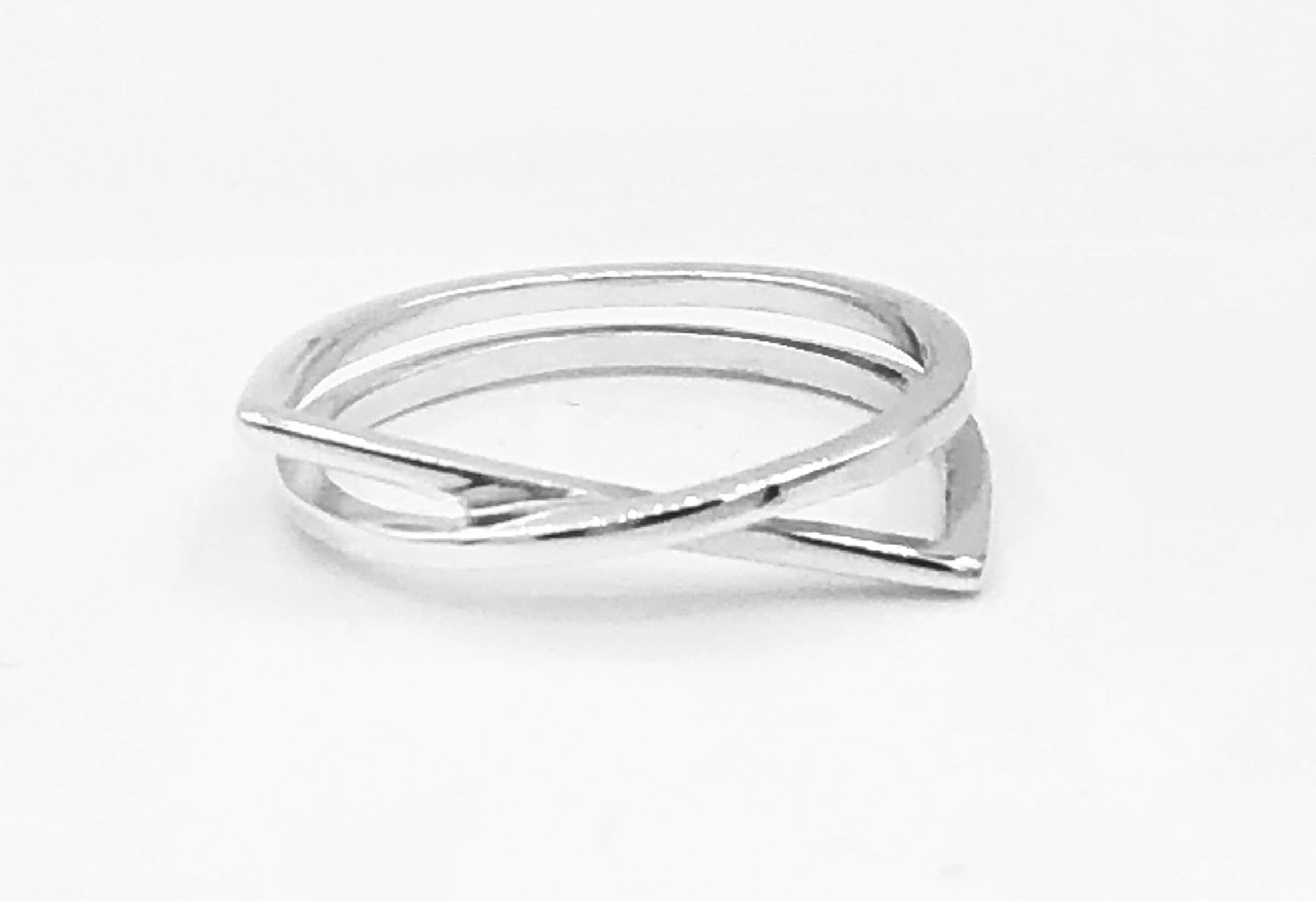 Kim Asymmetrical Ring
