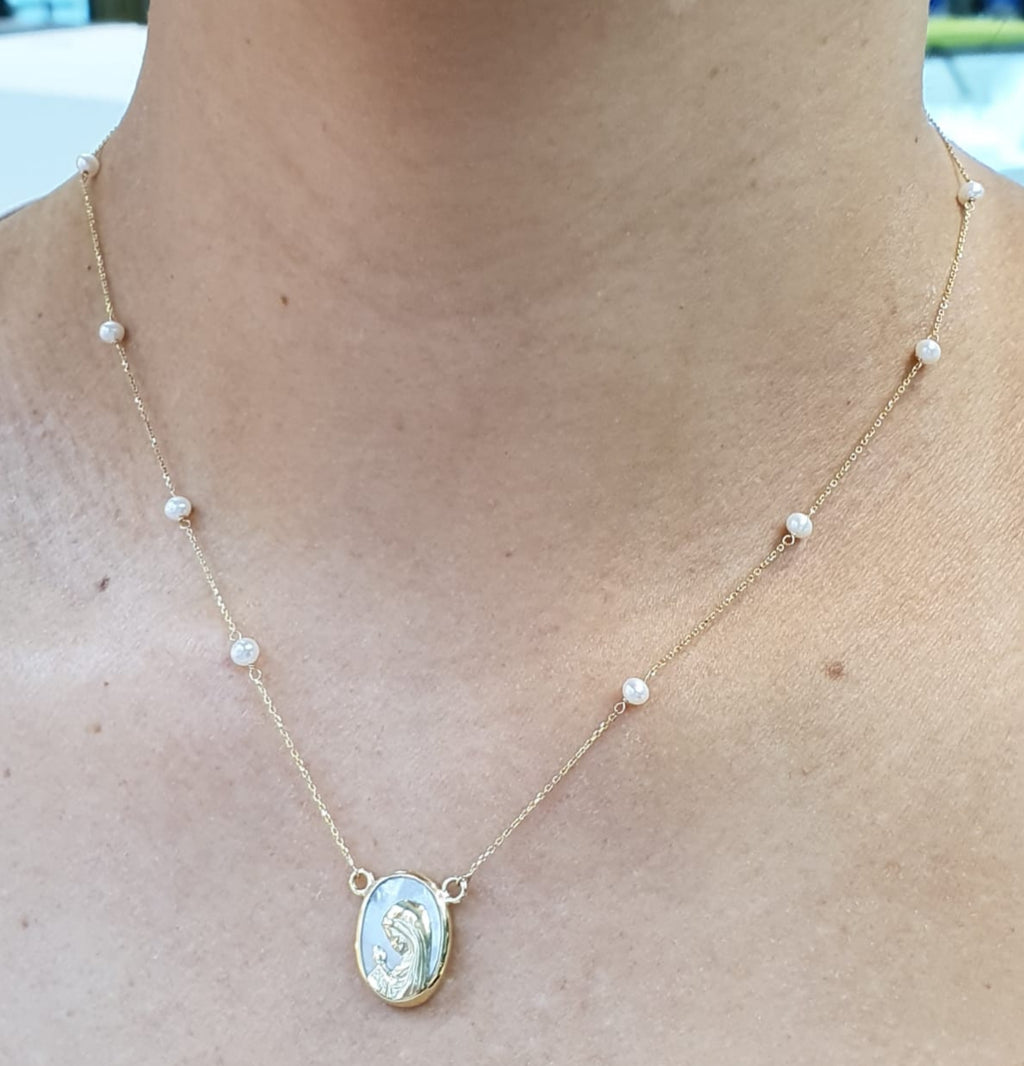 14KY Gold Praying Virgen Mary Necklace
