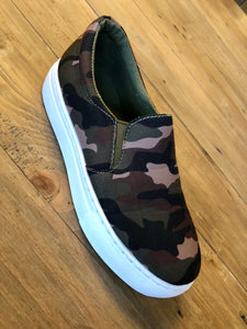 Camo Sneakers Slides