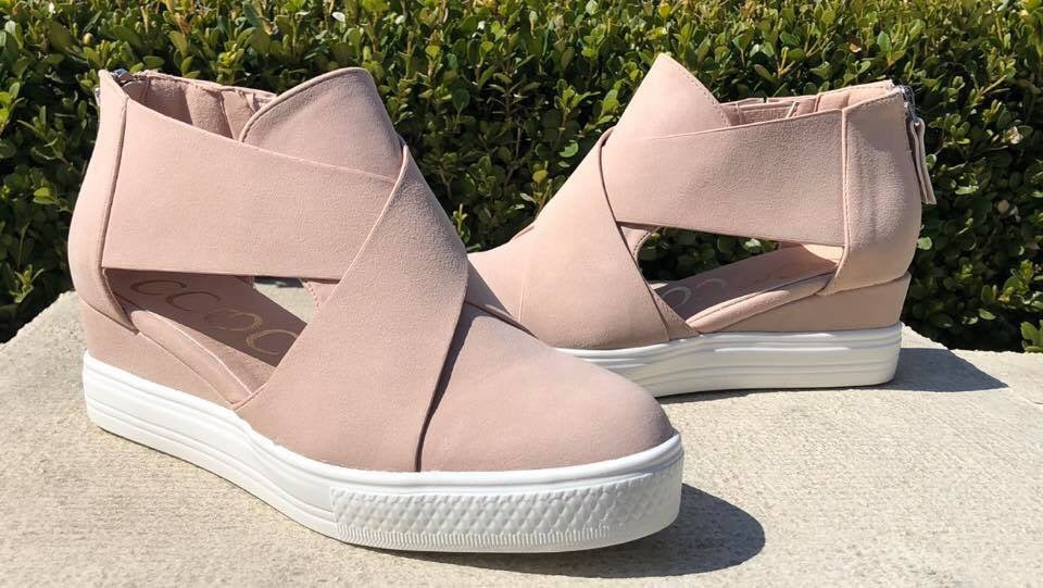 Wedge Sandal in Blush