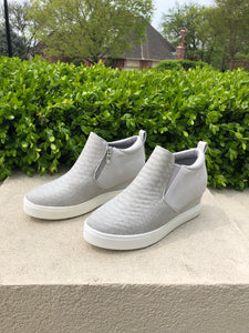 Wedge Champ Sneakers in Grey