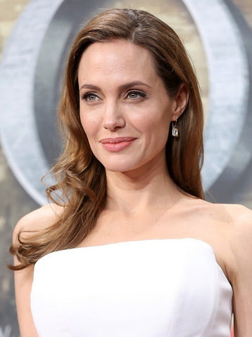 How To Angelina Jolie Make Maleficent Hair Horns?