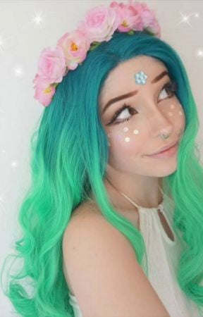 Look At Belle Delphine Hairstyles Attracting All Eyes!