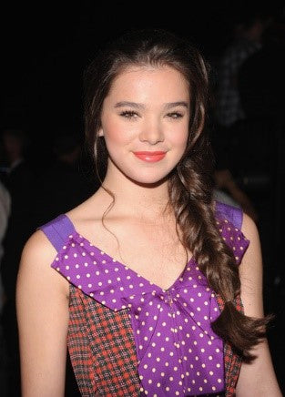 Hailee Steinfeld Hairstyles, The Charming Beauty Of Hollywood!