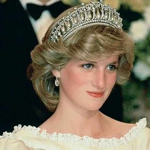 Slightly medium length hairstyle of Princess Diana