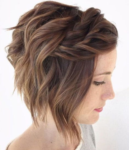 Short Messy Hairstyle with Twists