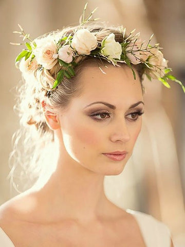 Soft Smokey Eyes large - Wedding Hairstyles And Make-Up For Beautiful Brides-To-Be