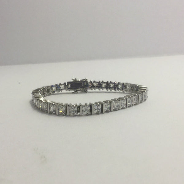 sterling silver princess cut CZ  tennis bracelet #744